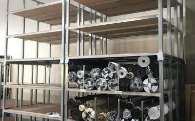 Modalità per ampliare la struttura fissa di un'azienda con scaffalature mobili